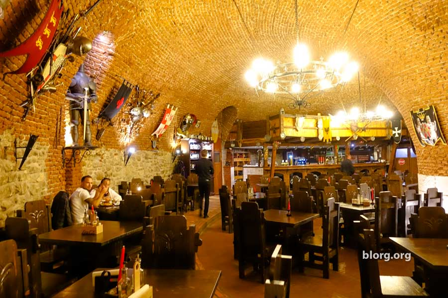castle restaurant
